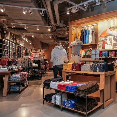 guangzhou-clothing-wholesale-market-feauture-image